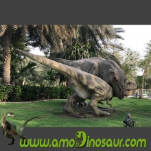 10m long fighting animatronic dinosaurs